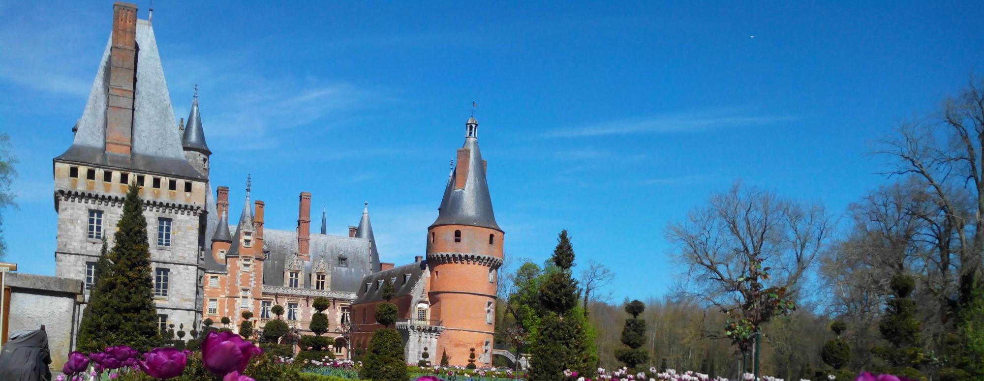 Château Maintenon hôtel châteaudun entre Chartres et Orléans