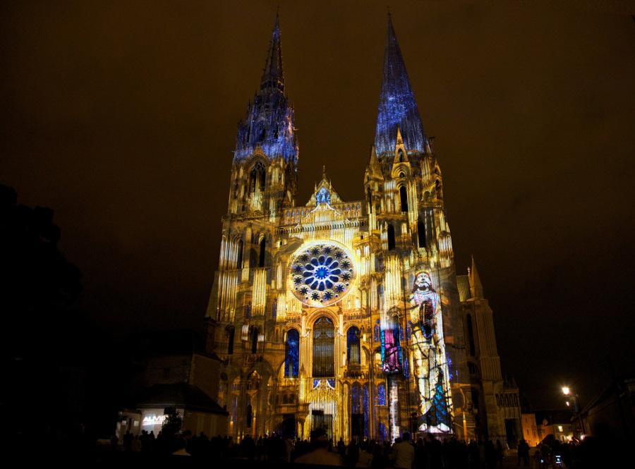 Cathédrale de Chartres en lumières hôtel 3 étoiles