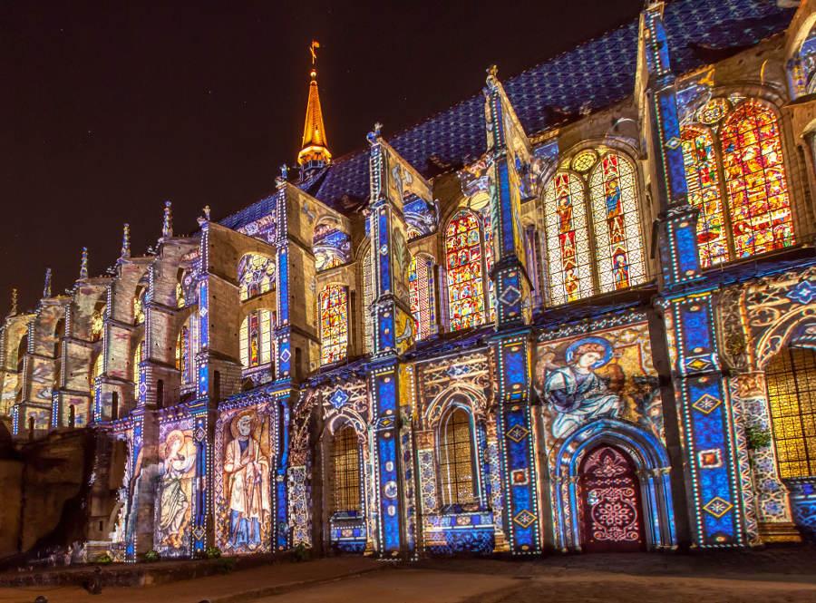 Eglise Chartres en lumières Hôtel Logis 3 étoiles